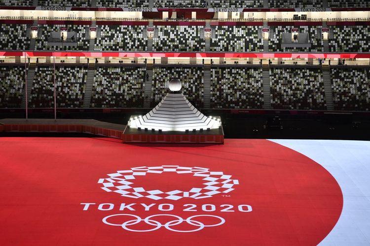 Kobayashi Resmi Mengundurkan Diri Sehari Sebelum Olimpiade